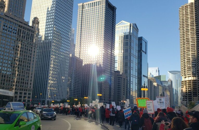 Live updates from Day 5 of the Chicago teachers strike: Mayor says unwieldy union bargaining team slows talks