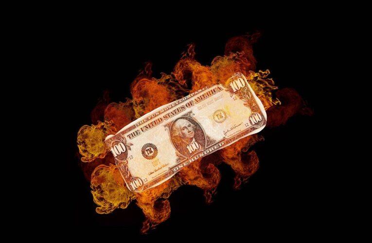 AMC, GameStop stocks go wild: Reddit's 'insane' 'Ponzi scheme' can't last