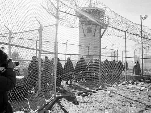 Prison chief: New Mexico unready to close private facilities