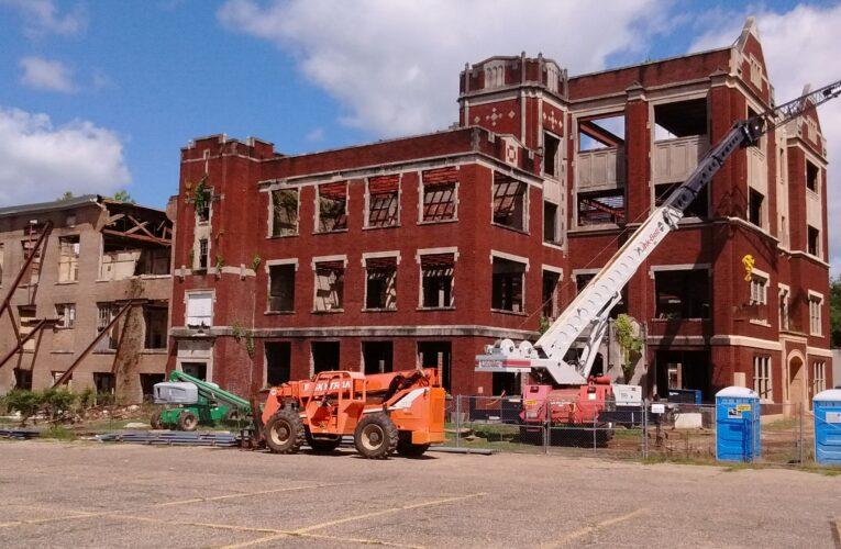 Hattiesburg's old gym burns down, but so many memories will endure