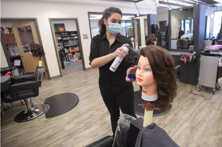 Culinary arts, cosmetology programs are in jeopardy in Indiana House budget