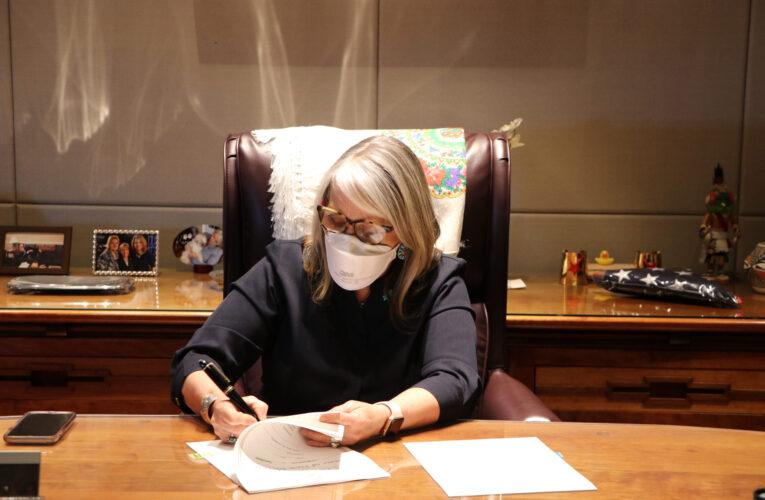 Gov. Lujan Grisham signs community solar, trapping ban, Gila Diversion bills