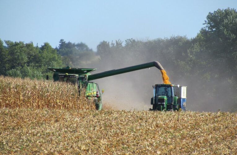 Perfect storm of factors drives up Illinois' farmland values