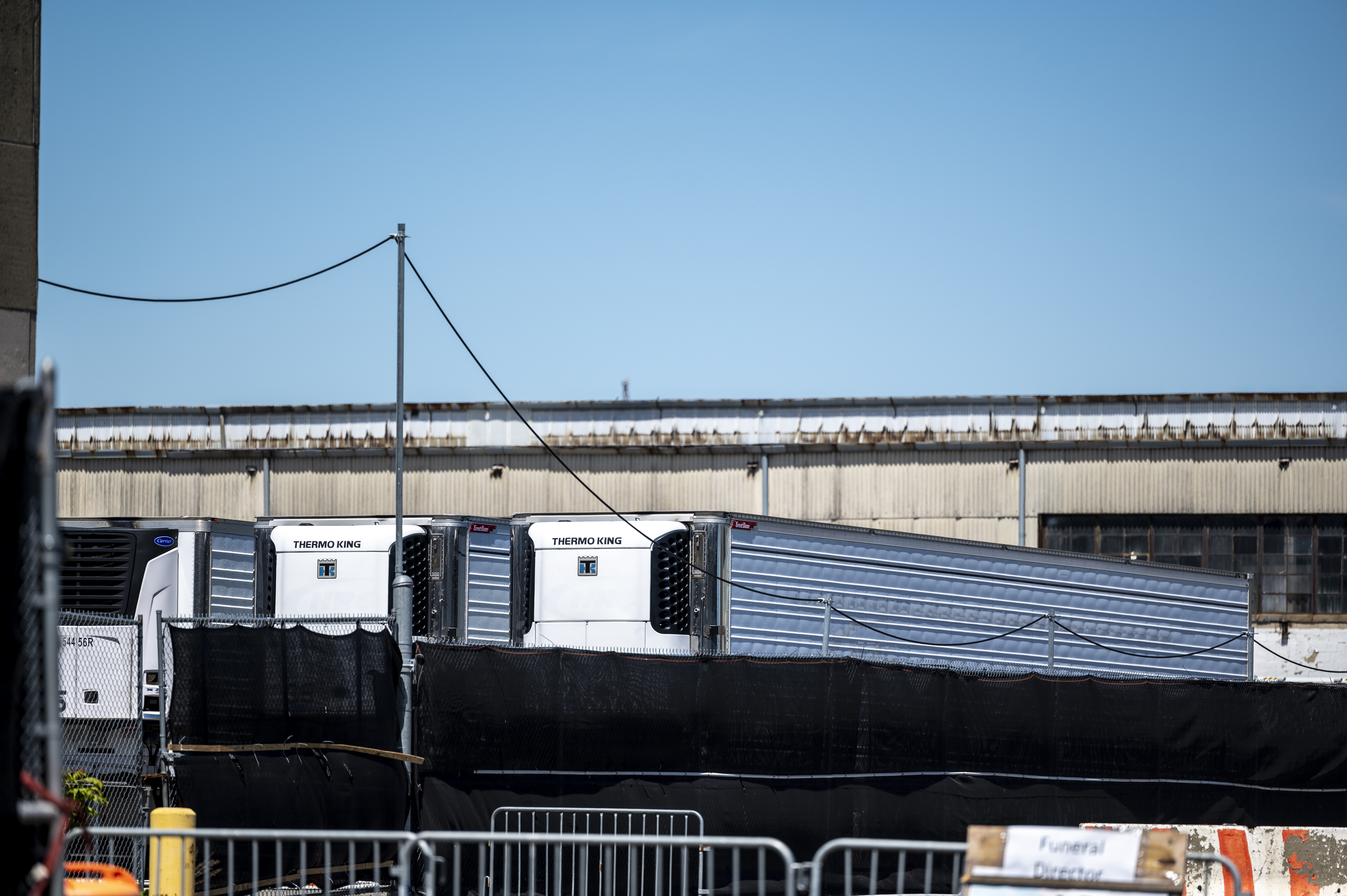 Bodies of Hundreds of New York COVID Victims Still in Trucks on Brooklyn Pier