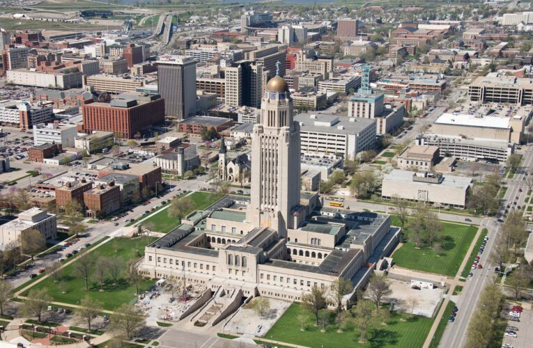 Incumbents sweep school board election in Lincoln, Nebraska