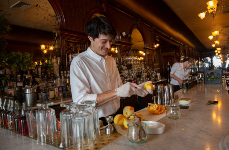 NYC Restaurants Cooking Up a Comeback, but Simmering Problems Remain