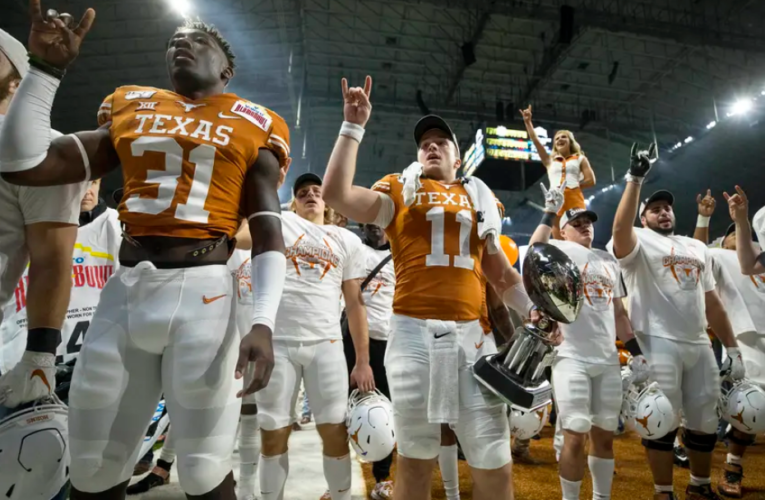 University of Texas officially asks to join the SEC