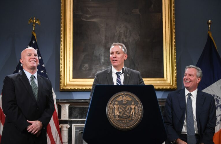 De Blasio Pledges to Speed Up Discipline Against Accused Cops After Years of Logjams