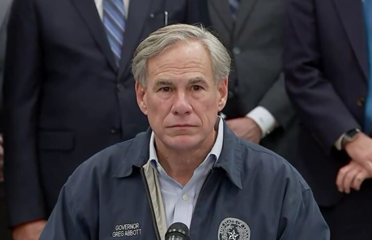 Energy industry showers Gov. Greg Abbott, other Texas politicians with campaign cash after they passed power grid bills