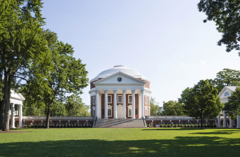 Virginia universities start kicking out unvaccinated students
