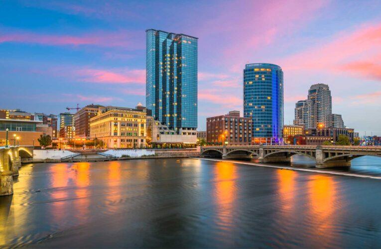 Grand Rapids City Commission passes resolution declaring racism a 'public health crisis'